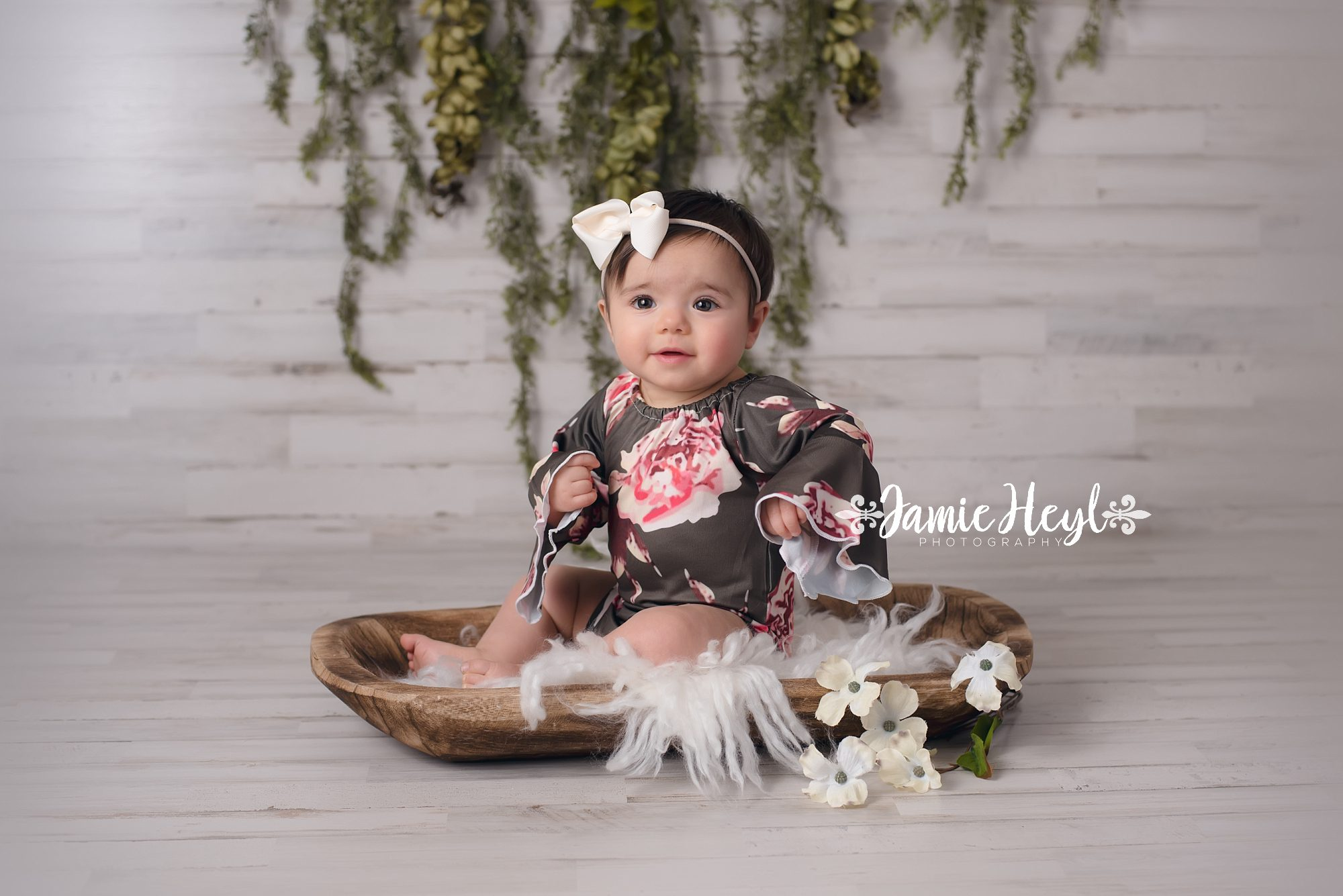 Mila – 9 Month Grow with Me {Morgan City Baby Photographer}