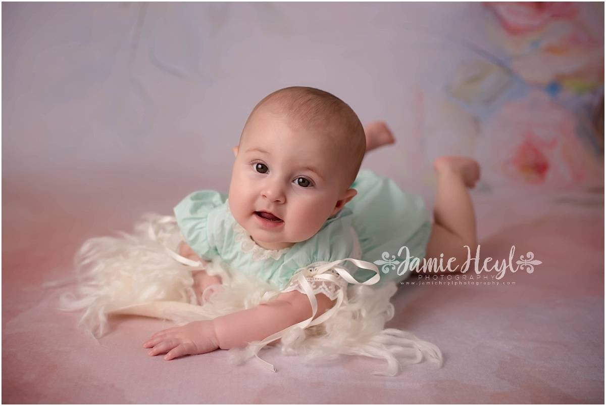 6 Month Old Baby Girl Session – Isla
