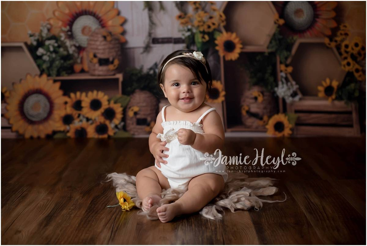 Sunflower Themed 8 Month Session – Aubree